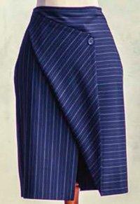 Прямая юбка с асимметричным отворотом